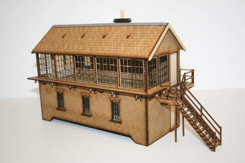 Fine Scale O Gauge Large Signal Box (Right Hand)