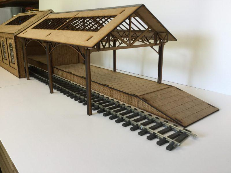 O Gauge Goods Shed Extension Bay & Platform